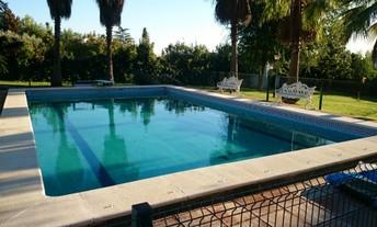 Toldos para piscinas precios perfect cubierta isotrmica for Piscinas sevilla precios